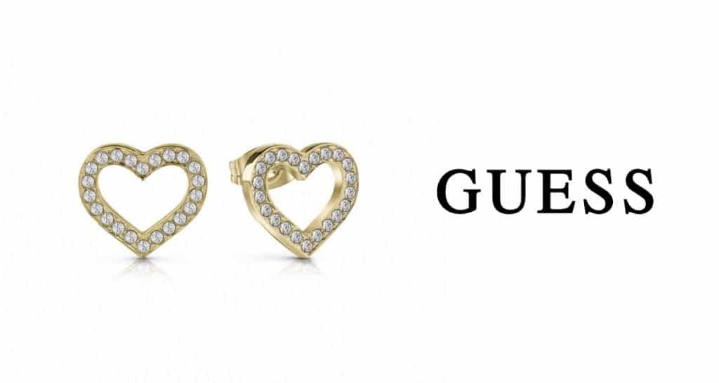 A Guess arany ékszer a népszerűség allócsillaga a hölgyek körében