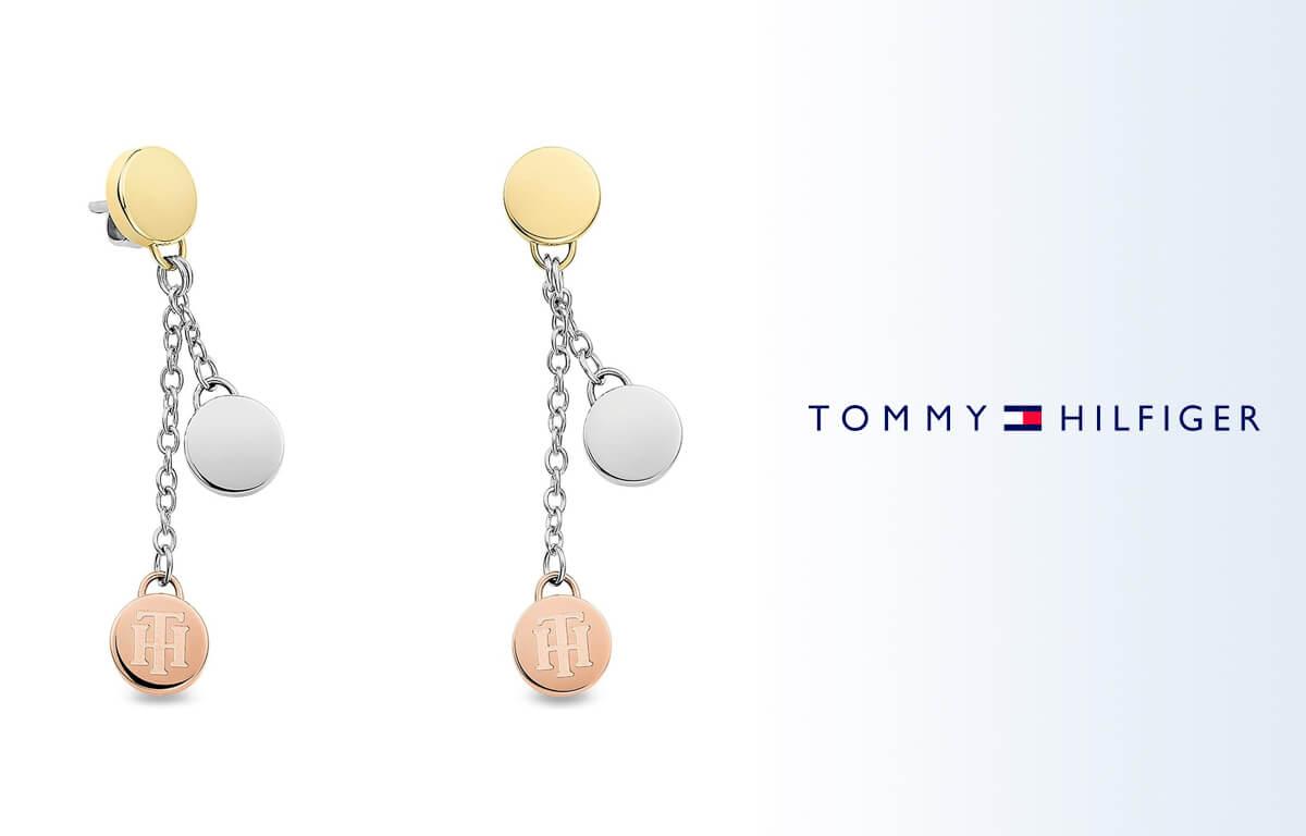 A Tommy Hilfiger függő fülbevaló több színt kombinál