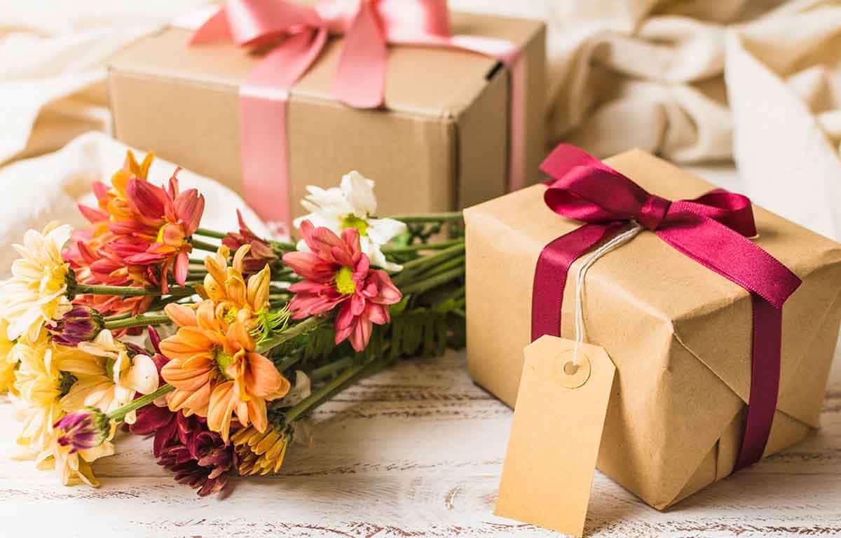 A Nemzetközi Nőnap remek alkalom az ékszer ajándékozására