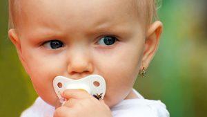 Szeretné tudni, hogyan válasszon gyerek fülbevalót?